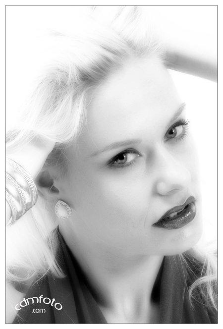 Portrait 01 _ Hermina