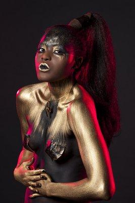 Nadège - Model: Nadège Lauren / Make-up, hair and styling: Natacha Trottier (Franco Valerio)