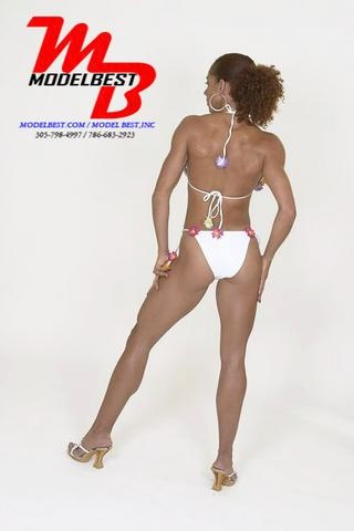 ALANA - MODELING FOR FITNESS MAGAZINE ()