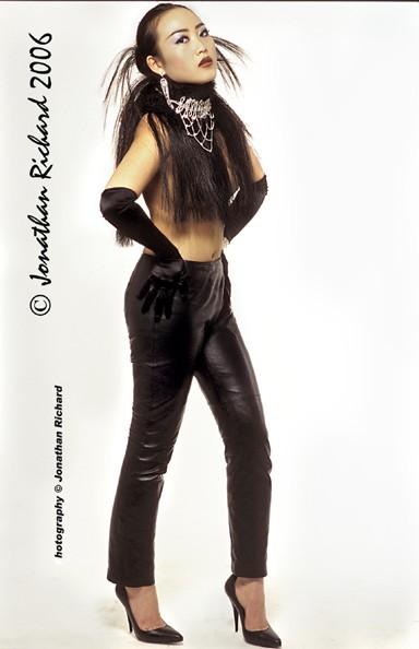 Fashion  Porftfolio Shoot  - Styling and Design  by Jonathan (© Joanthan Richard 2006 )