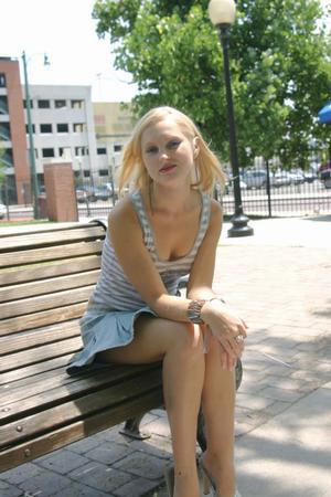 park bench BodyWorks Photography/2006 by Nadya_K