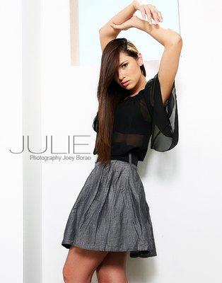 Julie -  ()