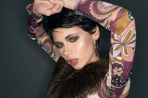 Styling by Bette Tilch, Makeup by Ray Filipowicz