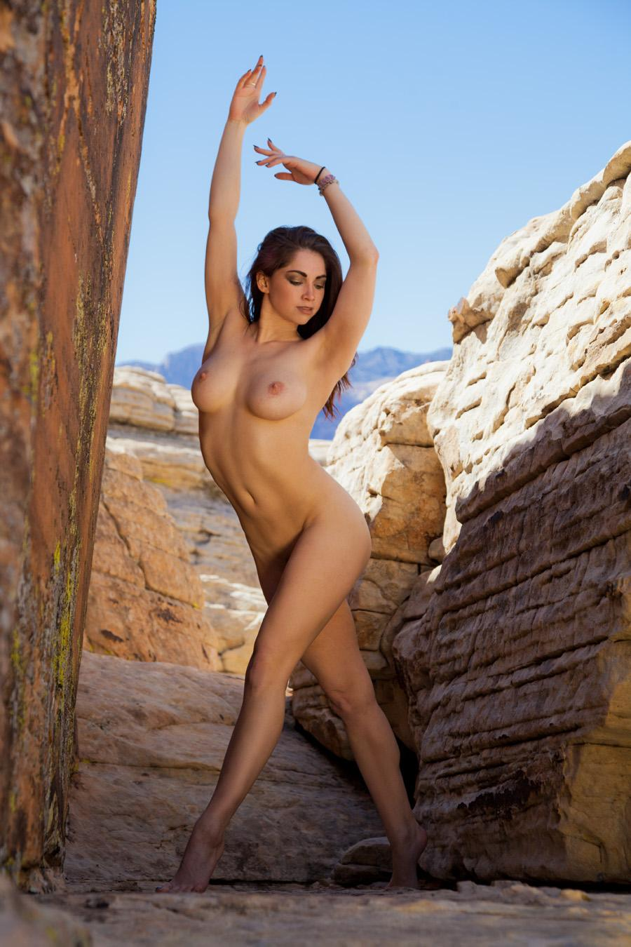 Anais on the Rocks Anais outside of Las Vegas.   #anais  #lasvegas  #redrocks  #nude  #outdoors
