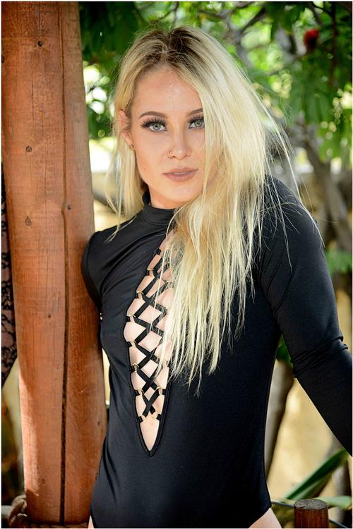 "Blonde in Black <a href=""/tags/?tag=blonde"">#blonde</a>  <a href=""/tags/?tag=eyes"">#eyes</a>  <a href=""/tags/?tag=sexy"">#sexy</a>  <a href=""/tags/?tag=cute"">#cute</a>  <a href=""/tags/?tag=model"">#model</a>  <a href=""/tags/?tag=pretty"">#pretty</a>  <a href=""/tags/?tag=glamour"">#glamour</a>  <a href=""/tags/?tag=piercing"">#piercing</a>  <a href=""/tags/?tag=smile"">#smile</a>  <a href=""/tags/?tag=portrait"">#portrait</a>"