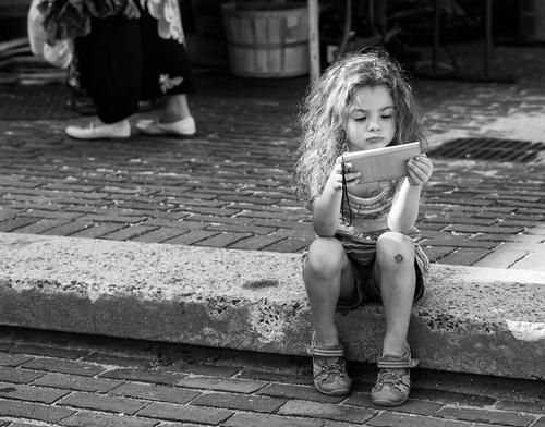 IPad Waif. Downtown Salem, Ma