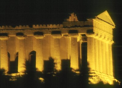 Tempio della deConcordia Valley of the Temples. Agrigento, Sicily.  This temple was built around 430 BCE (making it almost 2500 years old) UNSECO World Heritage site with five Doric Temples