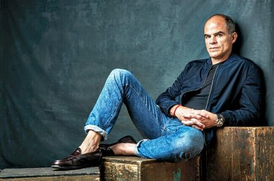 Michael Kelly By °Valentino° Good Luck Michael! House of Cards...