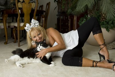 Posing Paws Paws and Mommie at Home