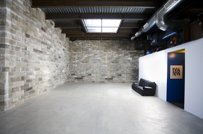 Bond Street Studio 25 x 50 feet of cement-floored daylight shooting space!