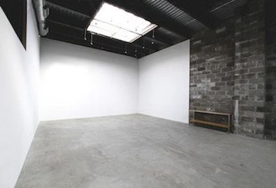 Bond Street Studio 25 x 50 feet of cement-floored daylight shooting space