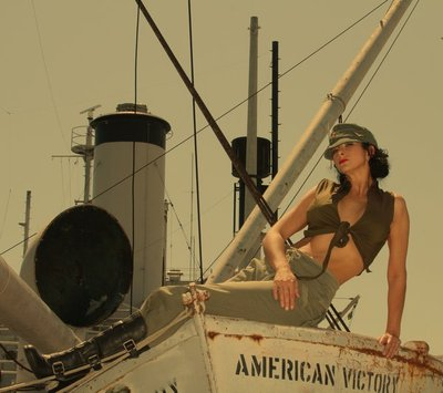 American Victory  Pin -Up