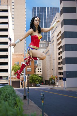 Wonder Woman 2 Wonder Woman in the city