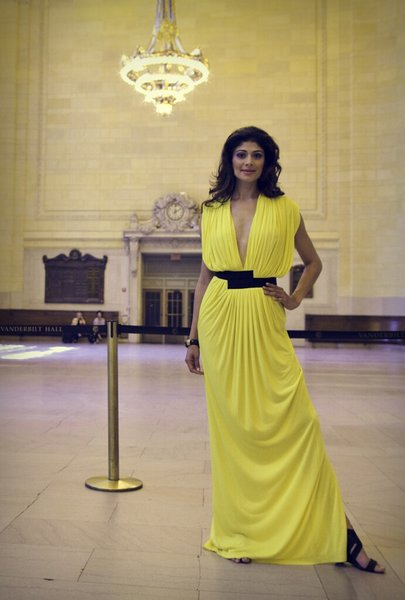 Actress Pooja Batra International Actress: Pooja Batra Styling: Tina Tandon